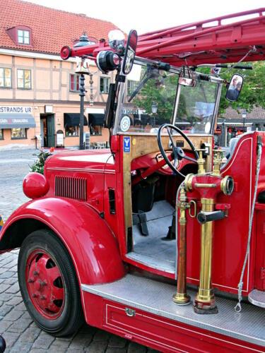 Ystad. Ein historischer Feuerwehrwagen